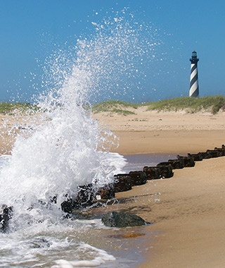 201307-w-beautiful-lighthouses-north-carolina-cape-hatteras-day