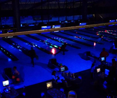201307-w-coolest-bowling-alleys-gable-house-bowl-california
