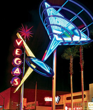 201308-ss-top-vacation-spots-vegas