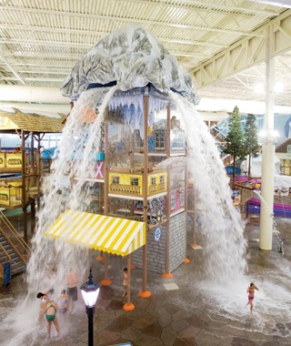 indoor water park at Avalanche Bay in Boyne Falls, MI