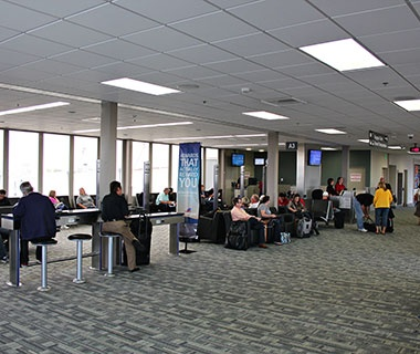 No. 14 Des Moines International Airport (DSM)