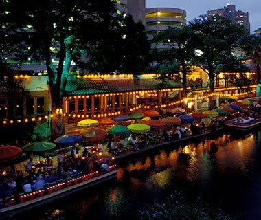 restaurants on the water in San Antonio, TX