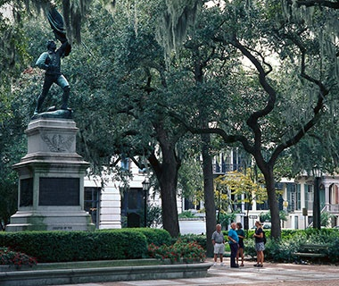 town square in Savannah, GA