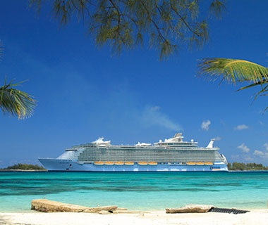 201401-w-cruising-guide-2014-royal-caribbean-allure-of-the-seas