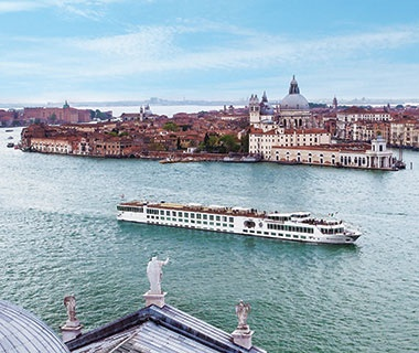 Top River Cruise Ships  No. 1 Uniworld River Countess