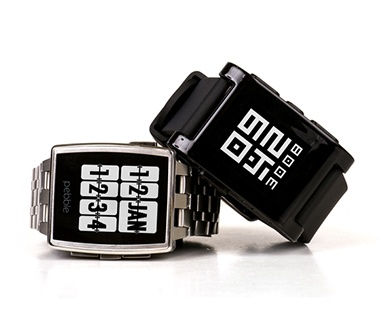 201401-ss-best-travel-gadgets-pebble-steel-watch