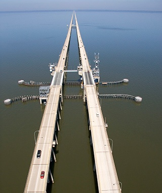 Longest Bridge Over Water (Continuous): Lake Pontchartrain Causeway, Louisiana