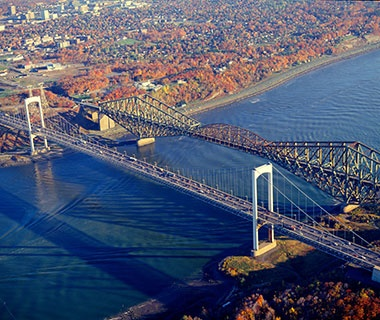 Longest Cantilever Bridge Span: The Quebec Bridge, Quebec
