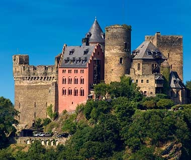 201404-ss-europe-affordable-castle-hotels-burghotel-auf-schonburg
