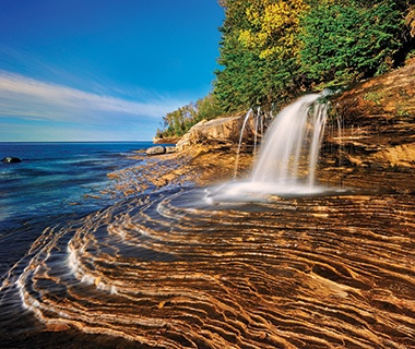 waterfall into Lake Superior, MN/MI/WI