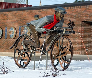 201406-w-best-small-town-museums-rahr-west-museum