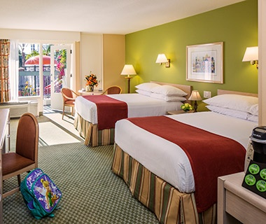 hotel beds at Howard Johnson Anaheim Hotel and Water Playground, CA