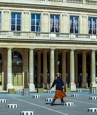 20109-ss-paris-cover-palais-royal