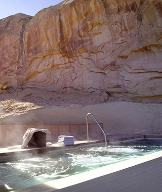 201411-w-best-hotel-hot-tubs-amangiri