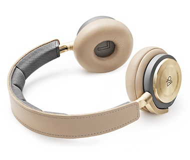 Bang & Olufsen BeoPlay H8 Wireless Headphones