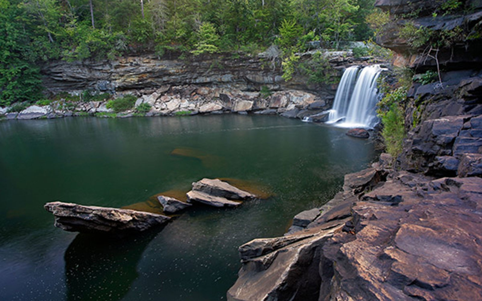 waterfall and swimming hole in Little River Canyon, AL