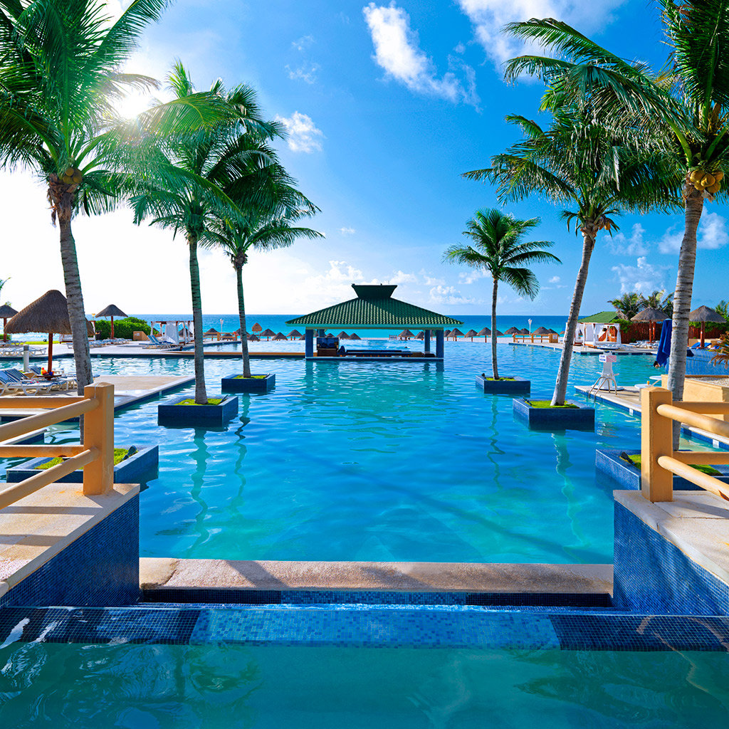 Best pools in cancun travel leisure for Best hotel pools
