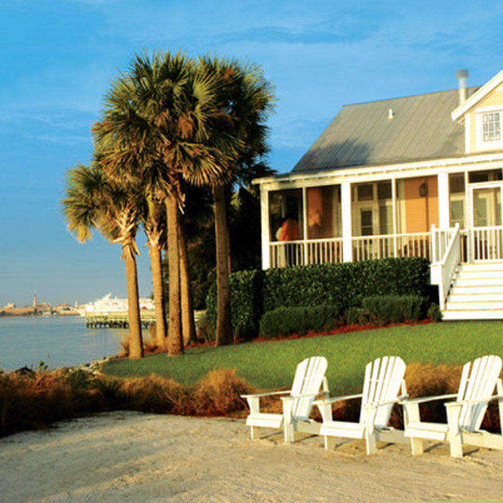 Top Hotels Near Charleston