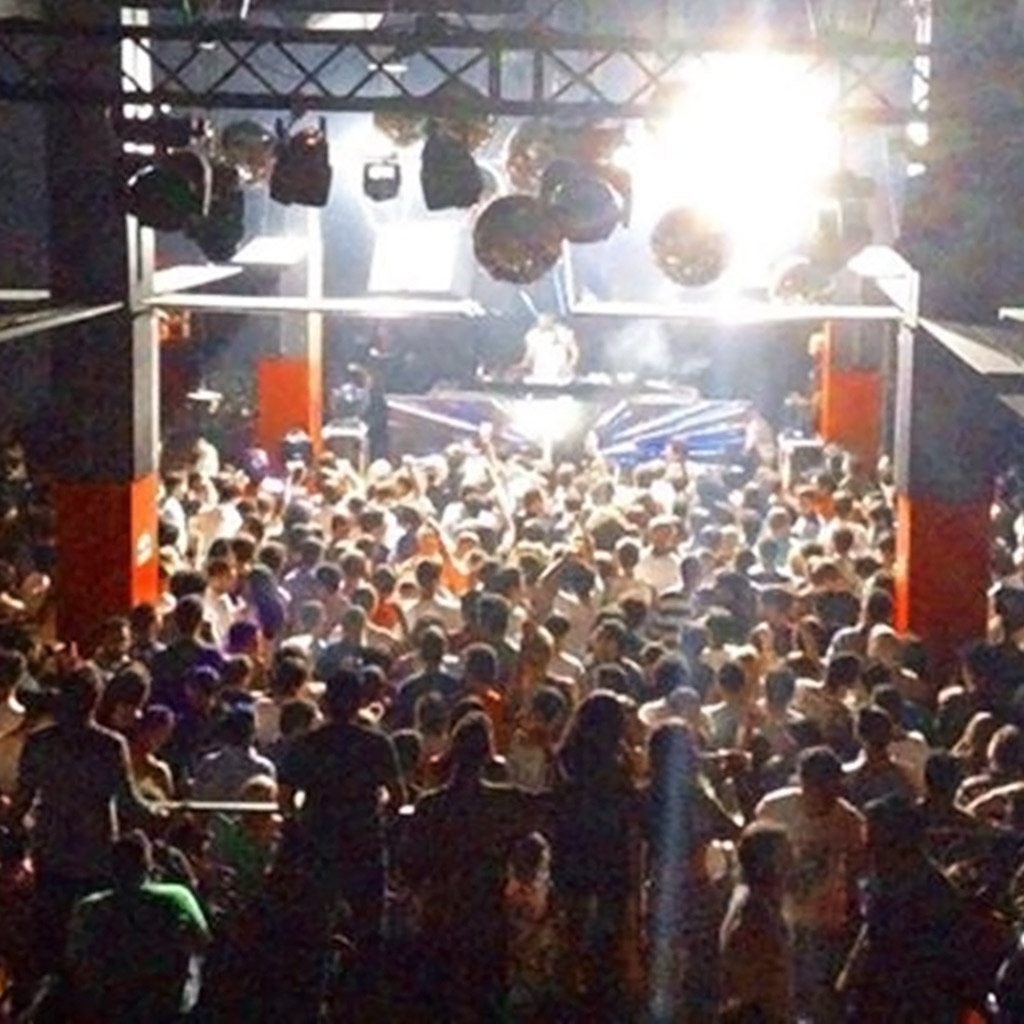 Top Spots for Nightlife in Costa Rica