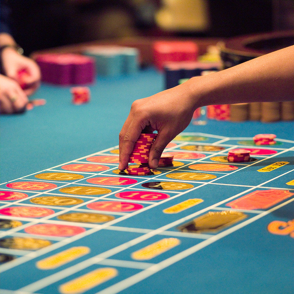 Best Casinos for People Watching in Las Vegas