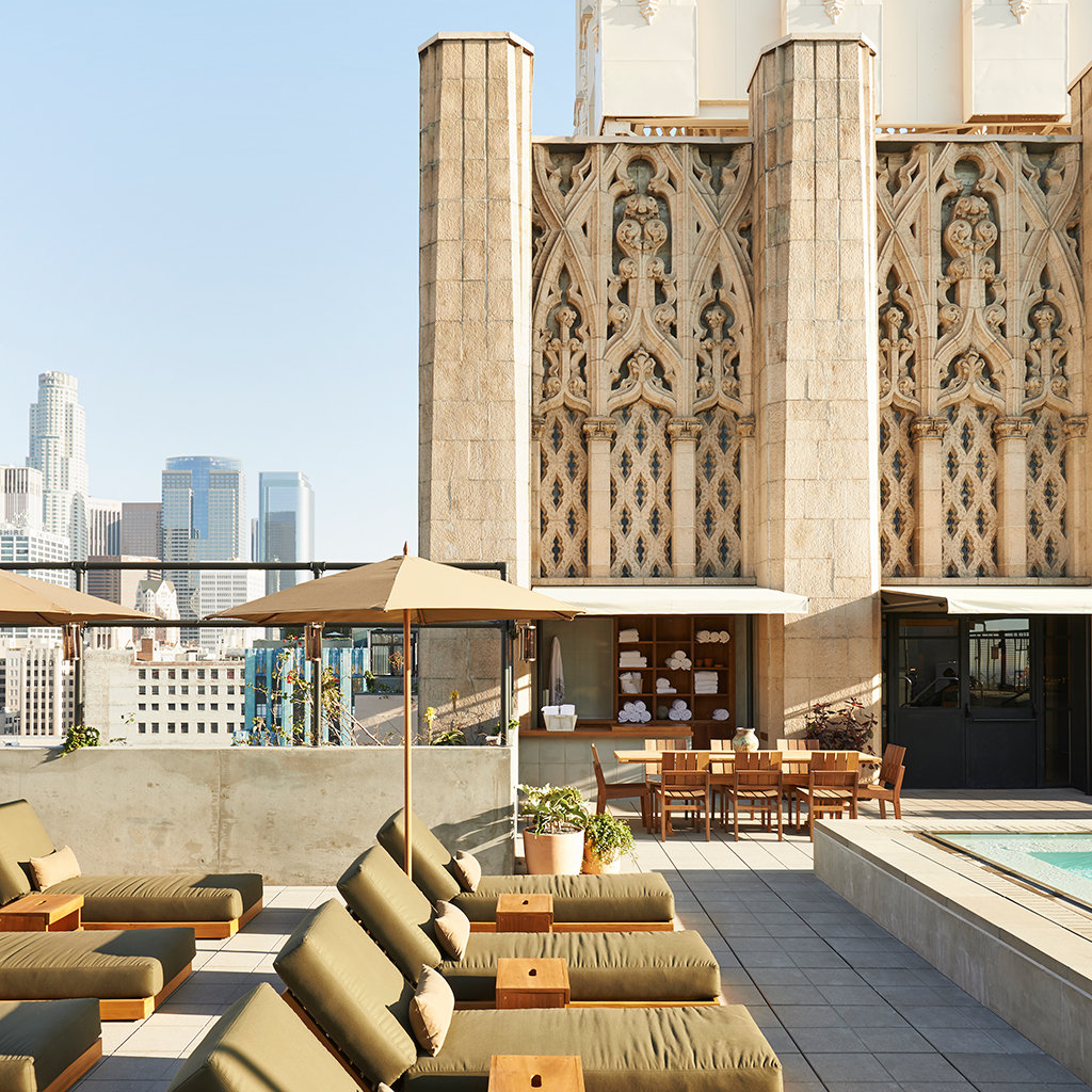 Best Rooftop Bars in Los Angeles