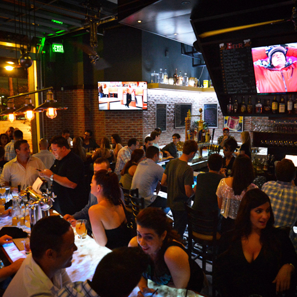 Places to Watch the Game in Miami