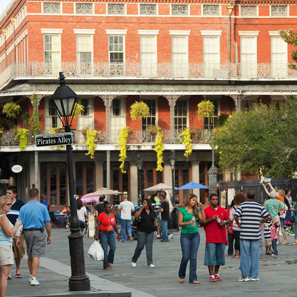 Best Spots for People Watching in New Orleans