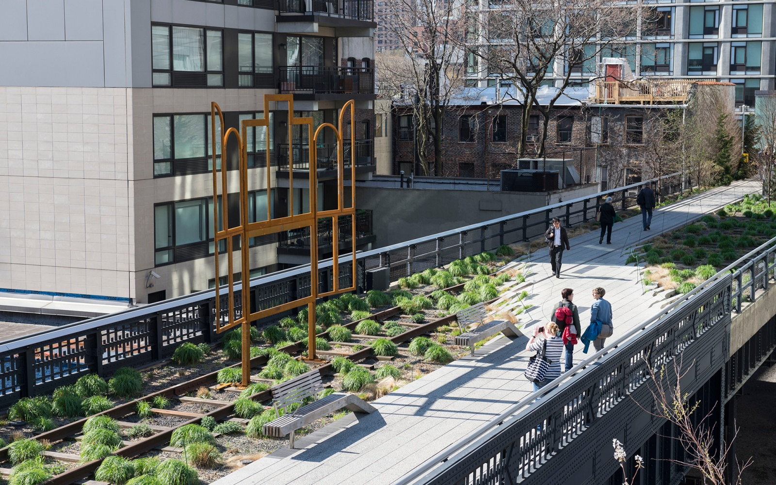 Stroll on the High Line