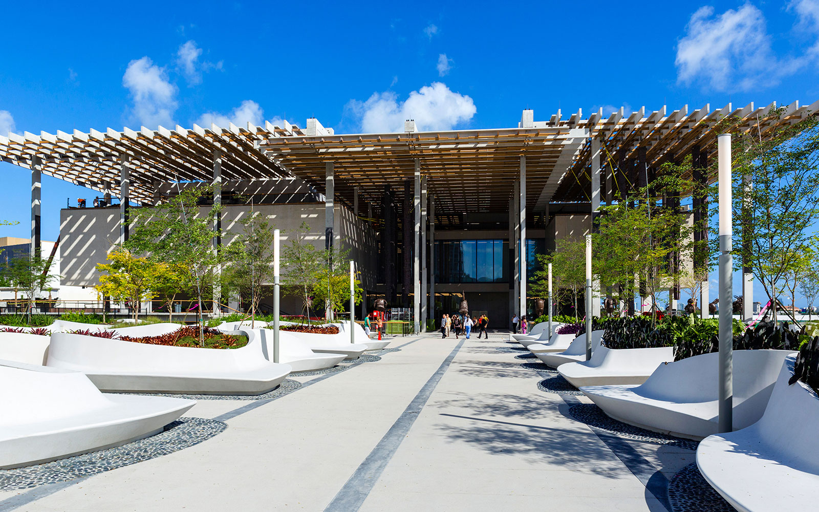 MIAMI0815-perez-art-center.jpg