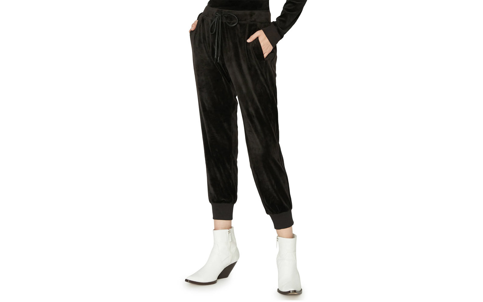 523f9768326 The Best Stretch Pants for a Comfortable Flight