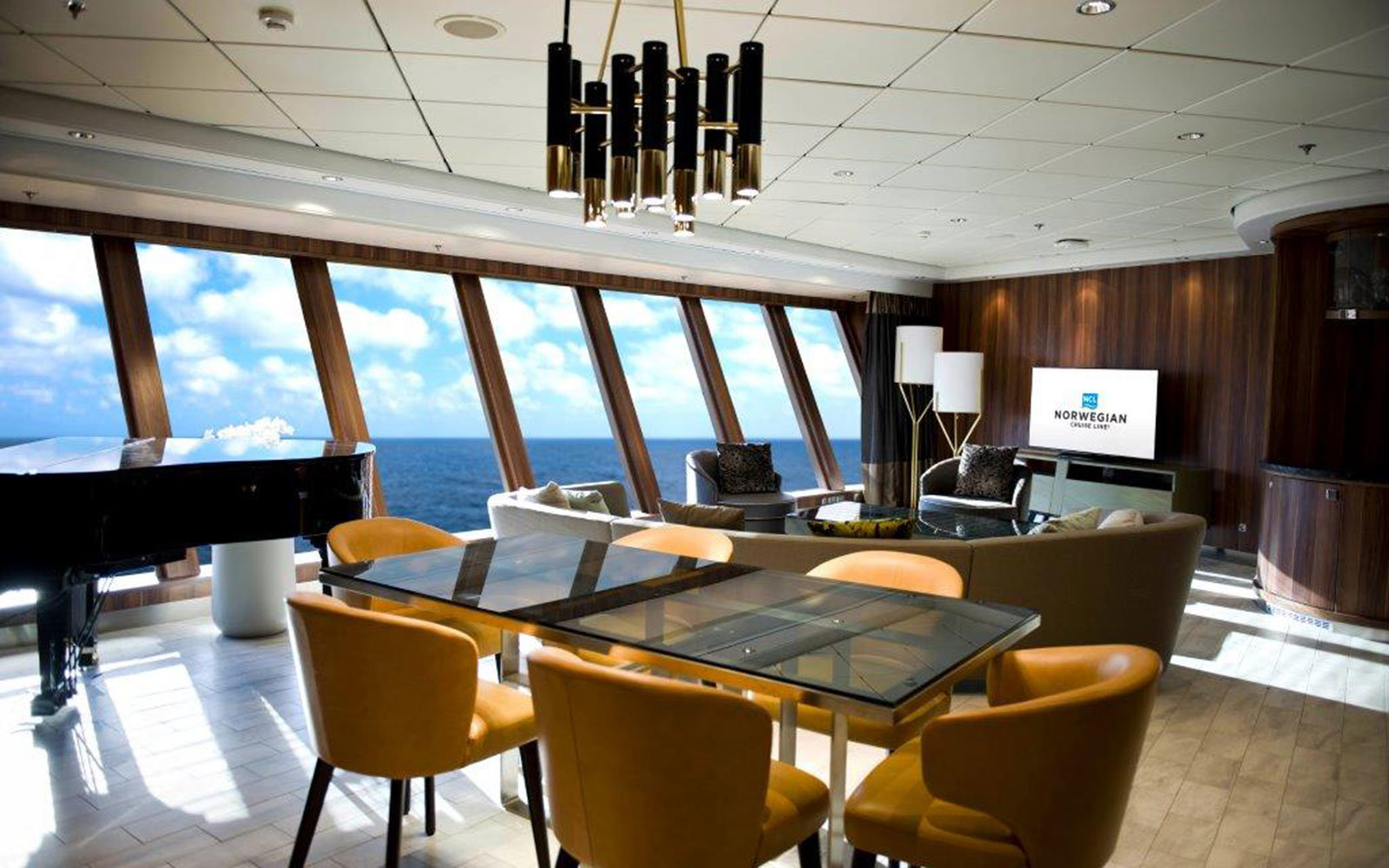 This is the biggest cruise ship suite on the high seas for Which cruise line has single cabins