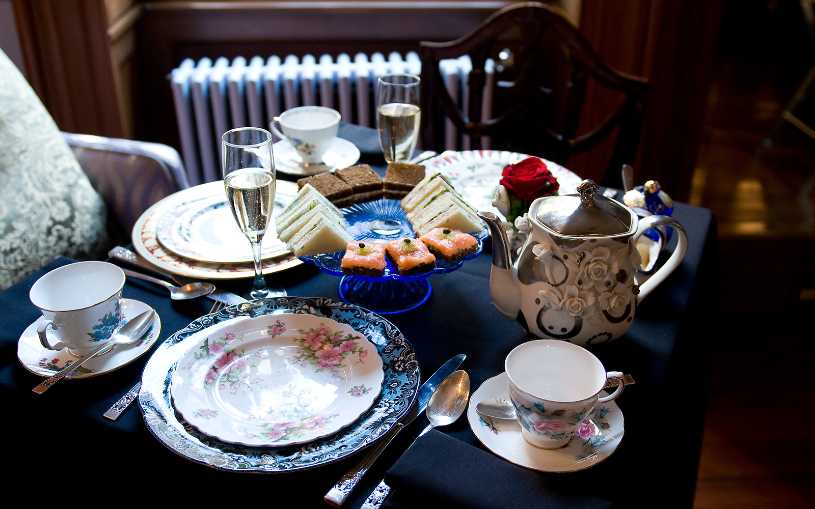 Lady Mendl's Tea Salon