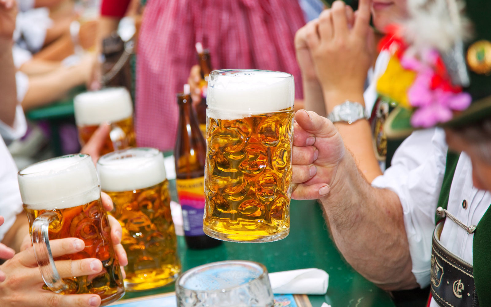 Oktoberfest attendees attempted to steal almost 100,000 beer steins this year
