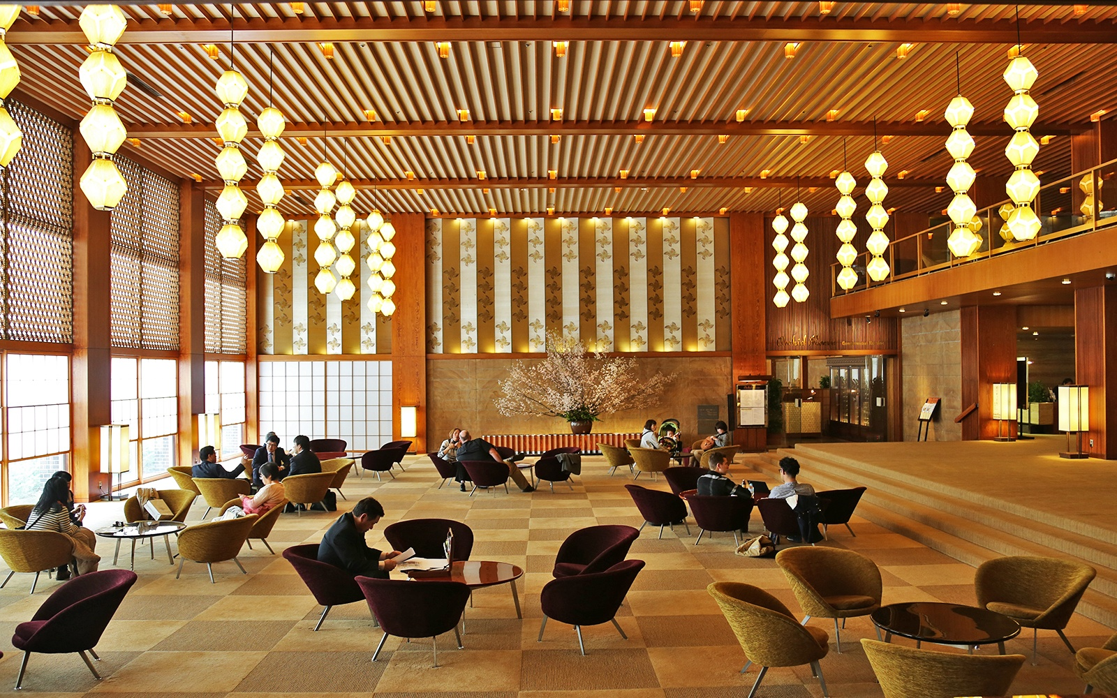 In photos tokyo 39 s iconic hotel okura travel leisure for Design hotel japan