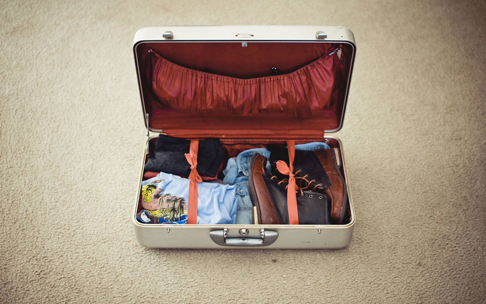 How to Pack the Perfect Suitcase