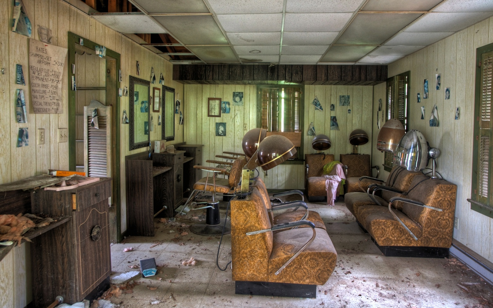 Eerie Photographs Of Abandoned Poconos Resorts Travel