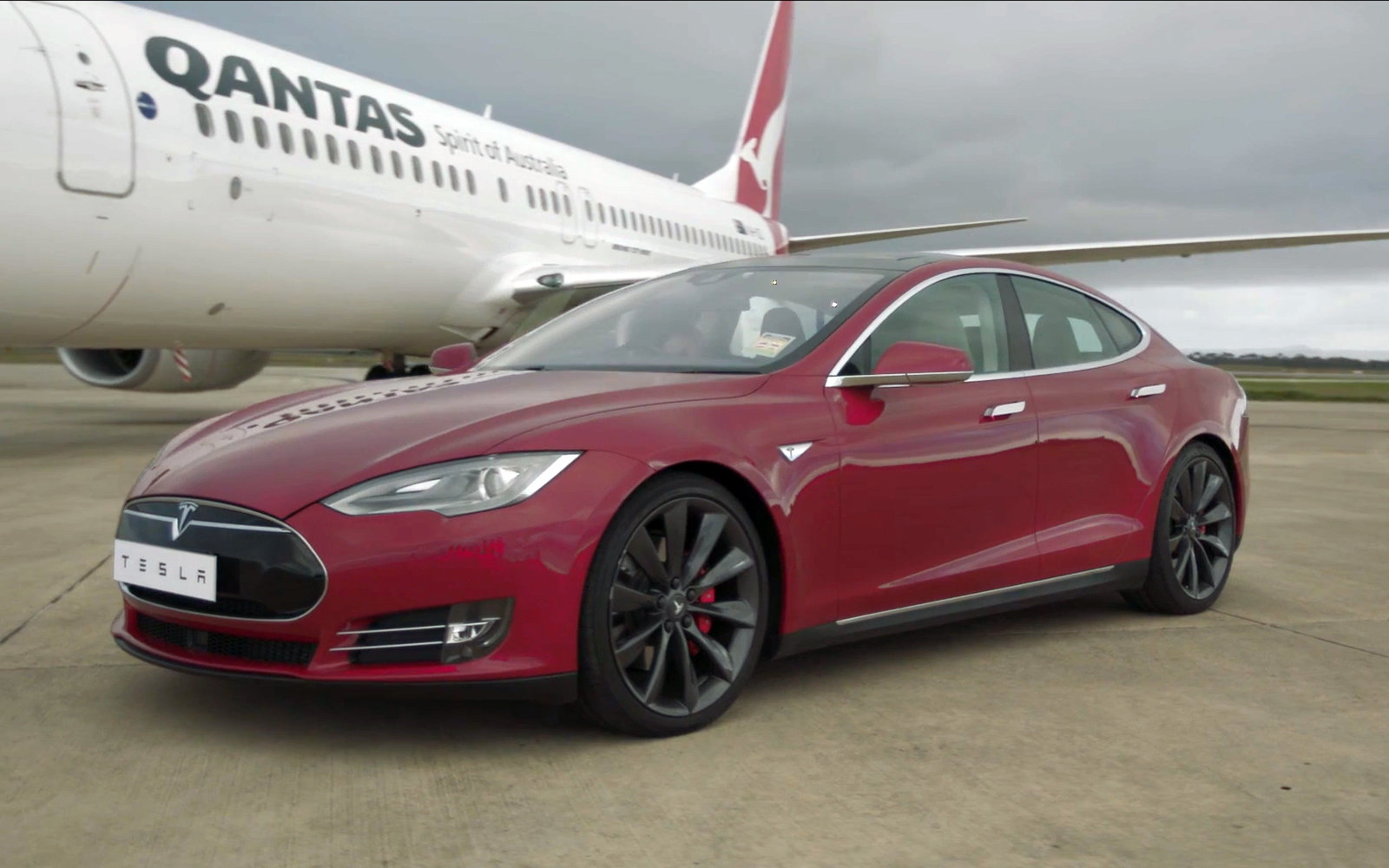 Qantas and Tesla