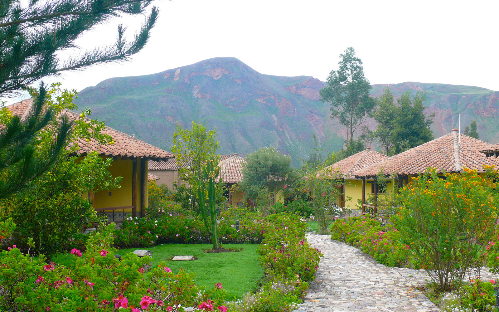 Sol & Luna lodge and spa