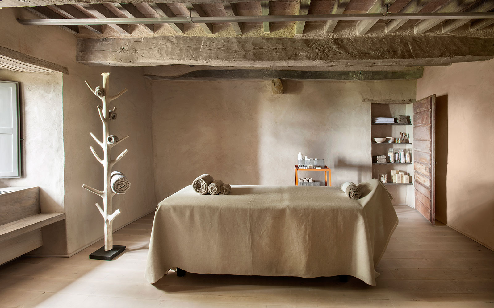 Tuscany's Enticing New Spa is a Minimalist Paradise With Soaking Tubs