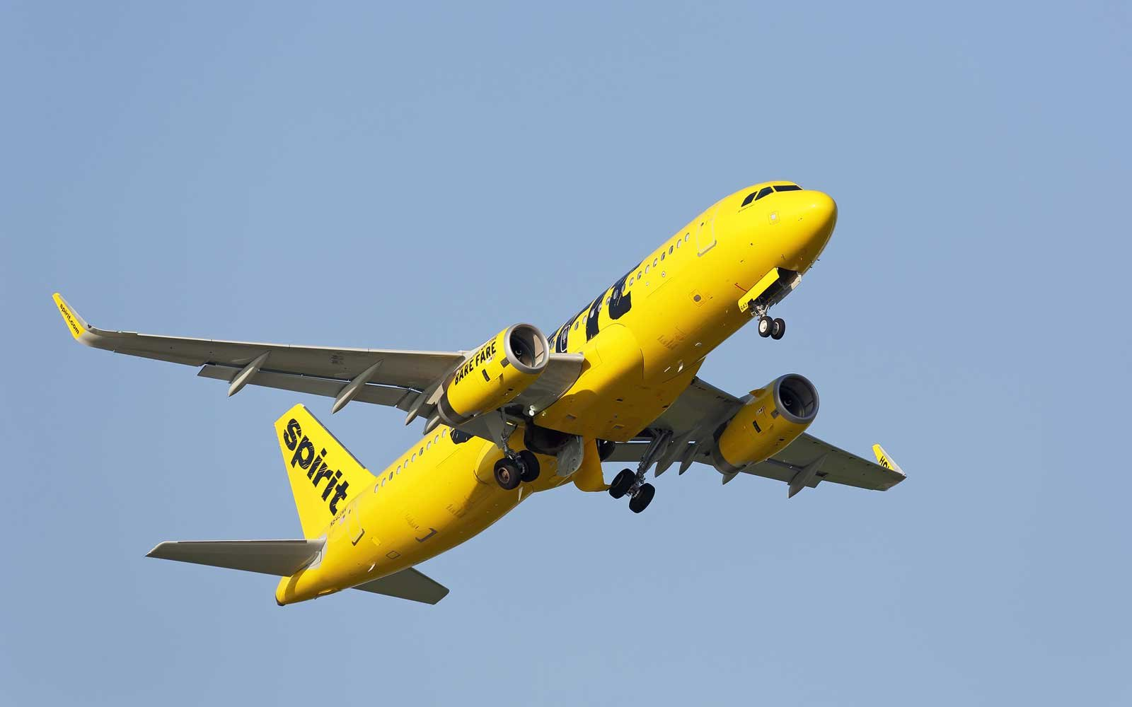Everything You Need to Know About Spirit Airlines Baggage Fees ... 21c69b6c319e7