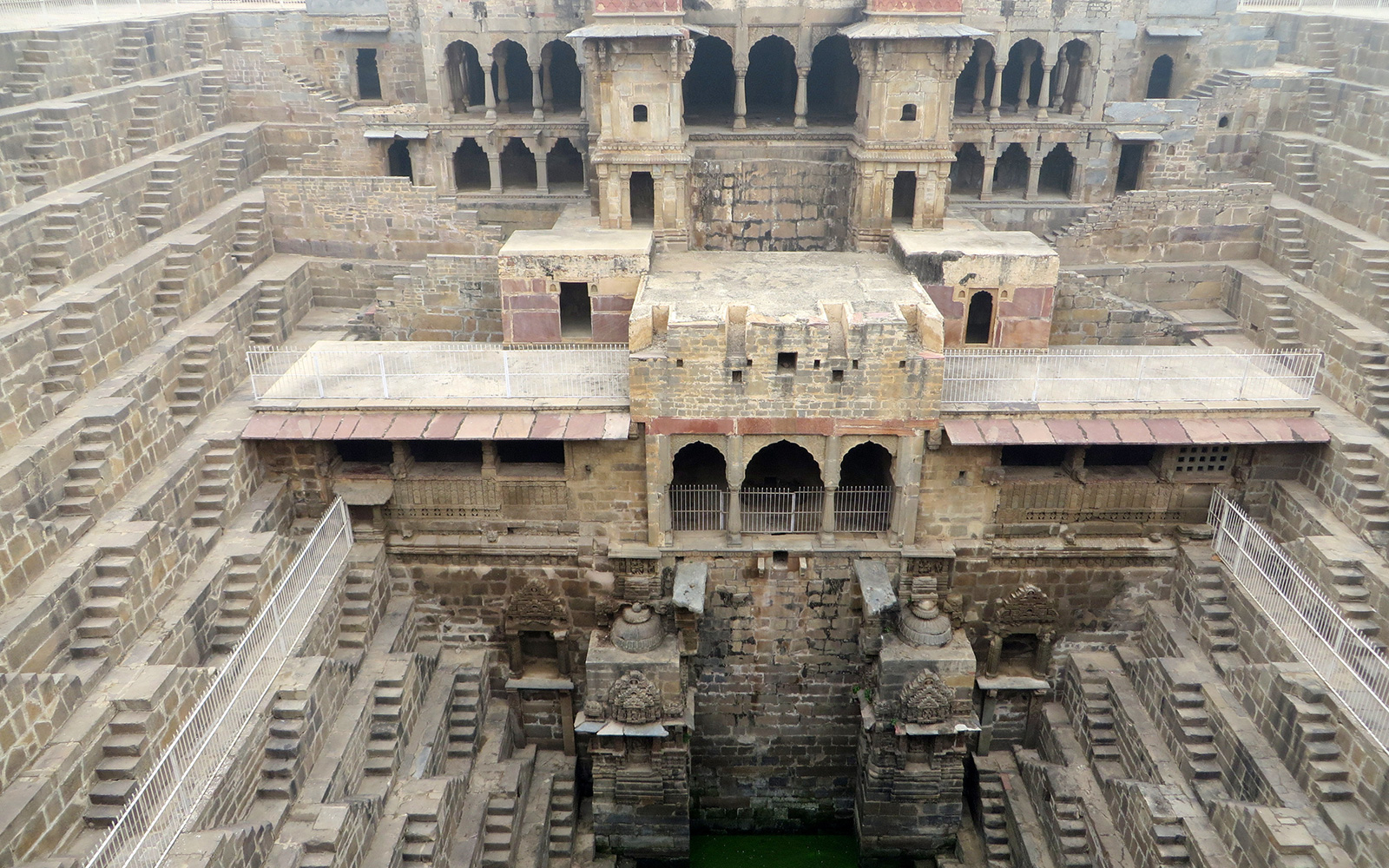 One Journalist Shares the Architectural Beauty of India's Disappearing Stepwells