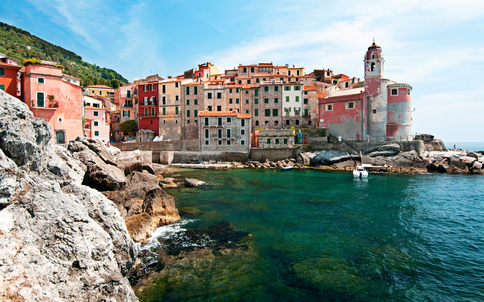 22 Postcard-perfect European Villages Straight Out of a Fairy Tale