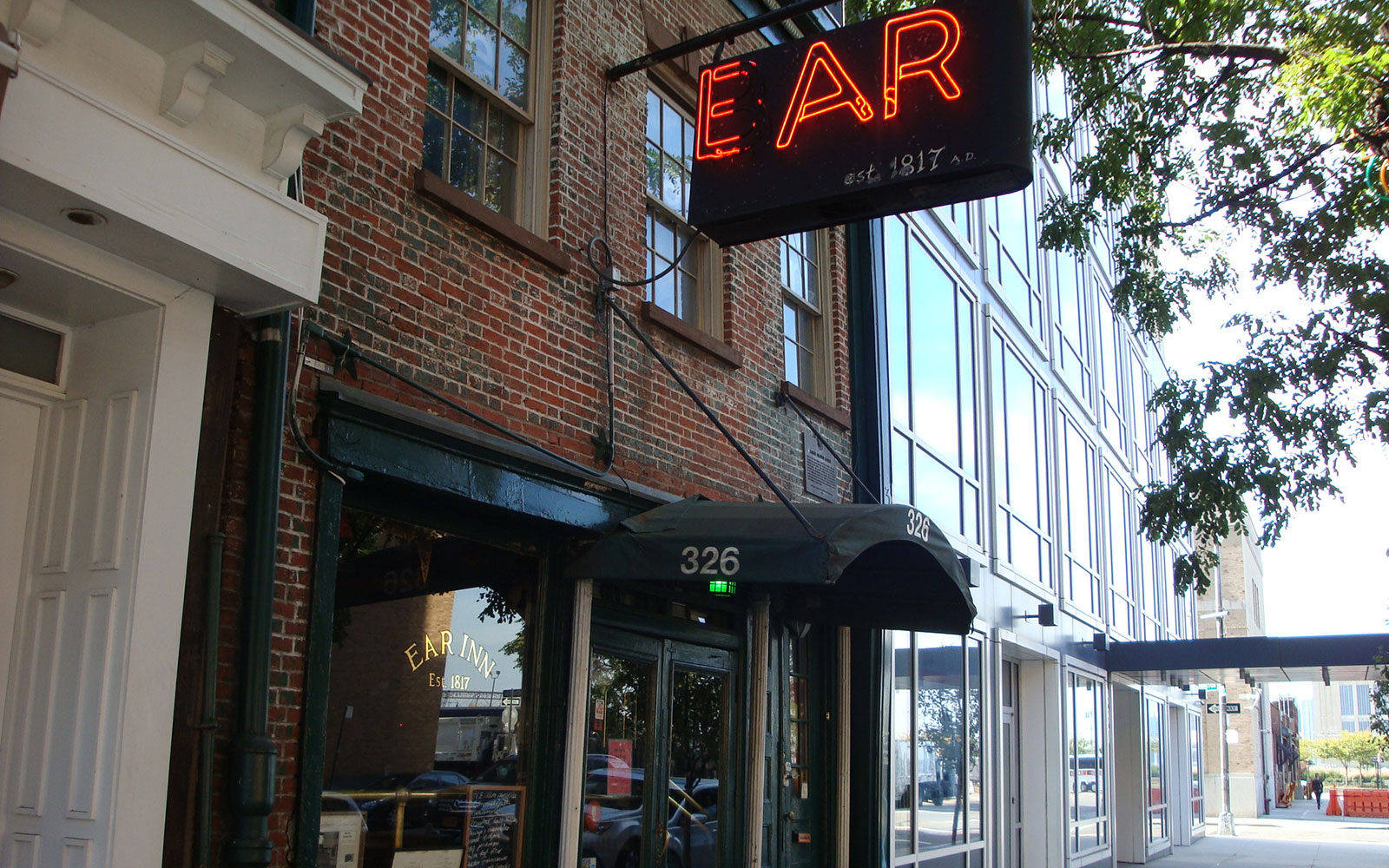 America's Most Haunted Bars and Restaurants