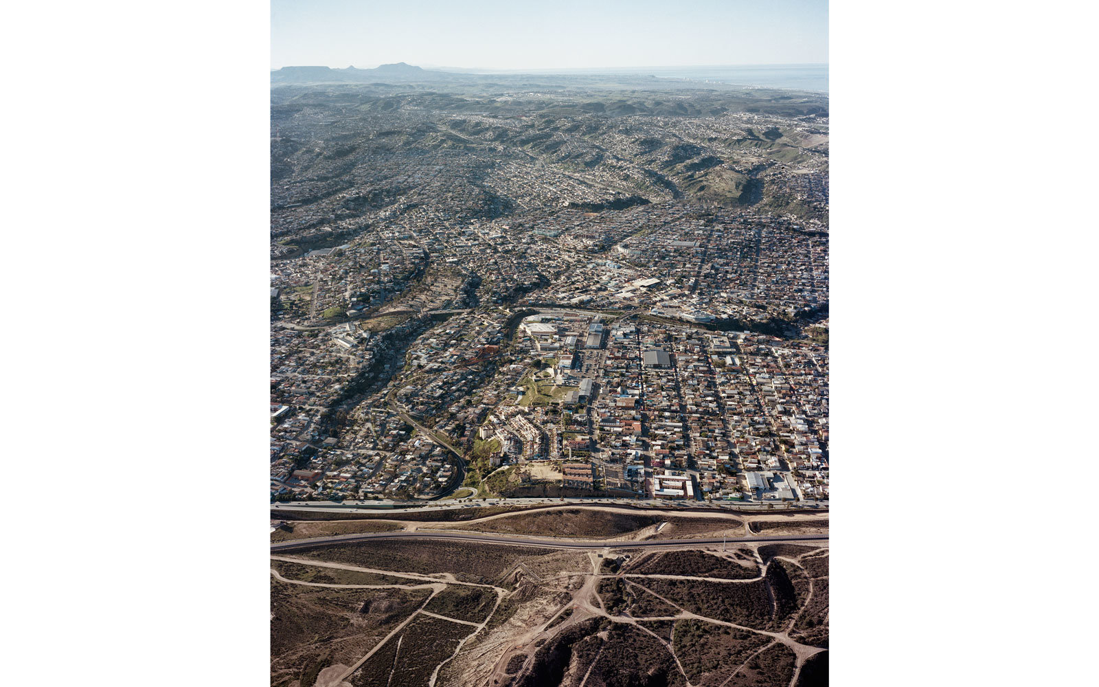 Heres What The USMexico Border Actually Looks Like Travel - Aerial maps over mexican us border