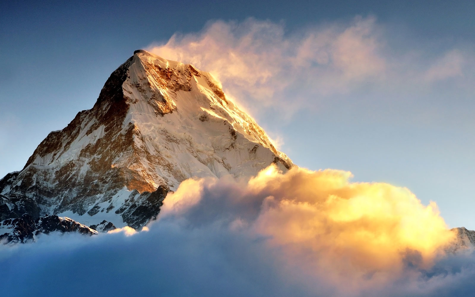 You can climb mount everest thanks to virtual reality for Annapurna cuisine los angeles