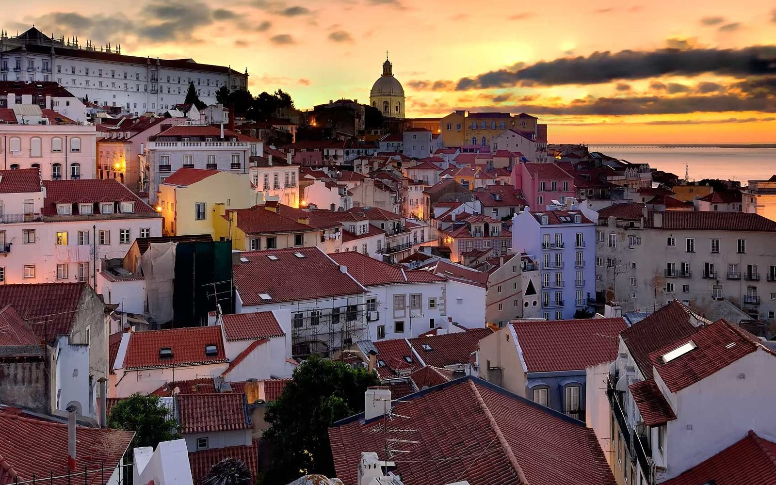 VIDEO: Five Things to Do in Lisbon