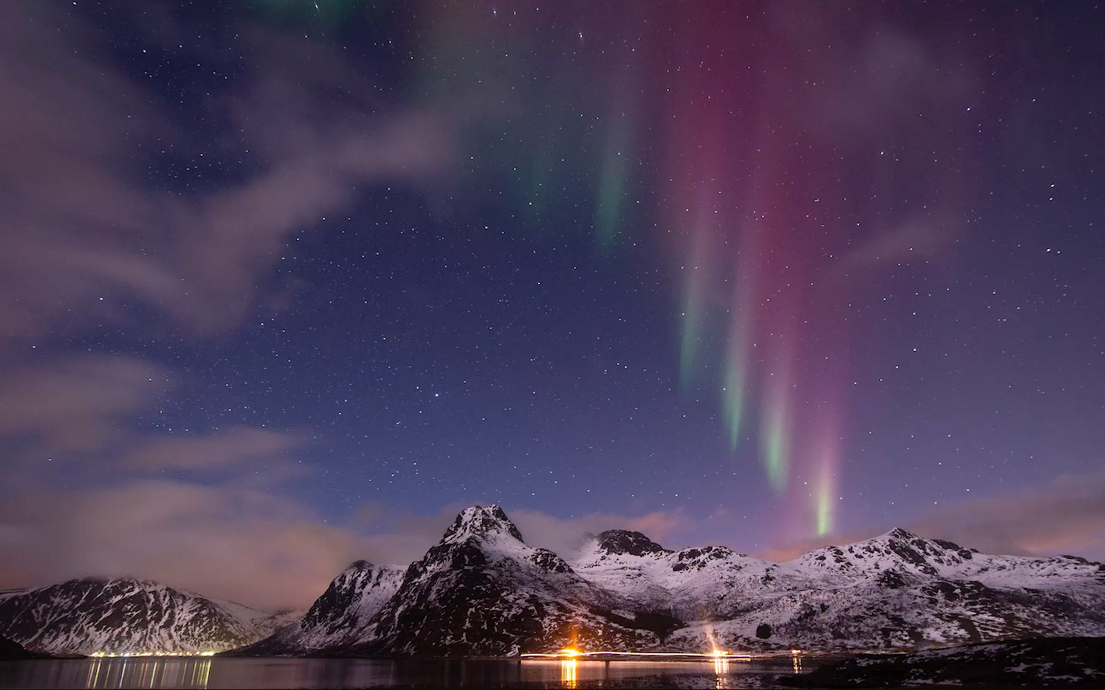 How to Propose Under the Northern Lights
