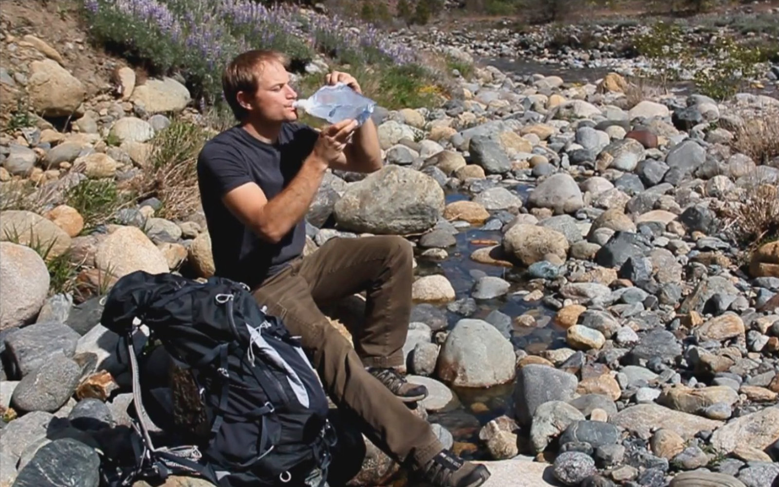 Hikers, Take Note: This Bag Creates Clean Drinking Water with the Power of the Sun
