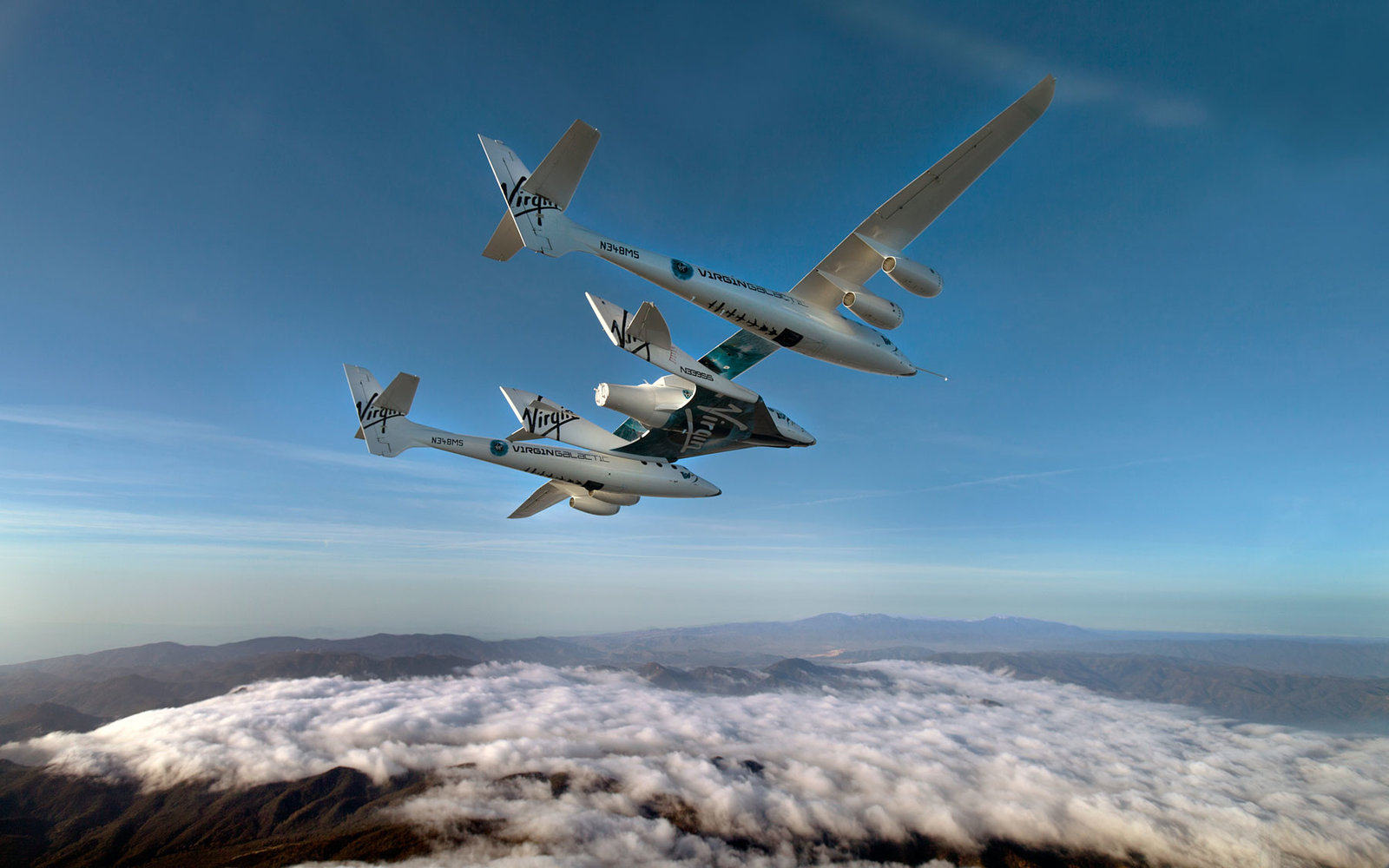 SpaceShipTwo and WhiteKnightTwo during a glide flight.