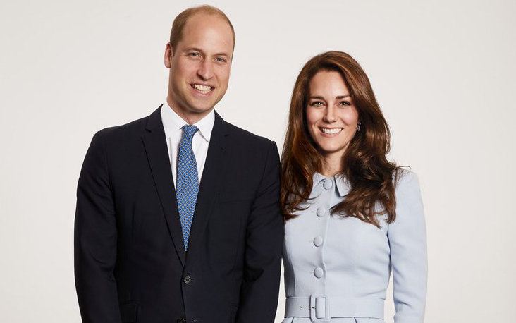 Prince William and Kate Middleton release family holiday card photo